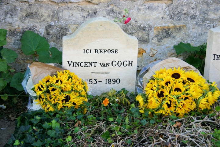 Grave of Vincent van Gogh - JPEG - 548.9 kb